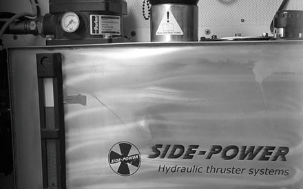 Side-Power Hydraulic Thruster Systems